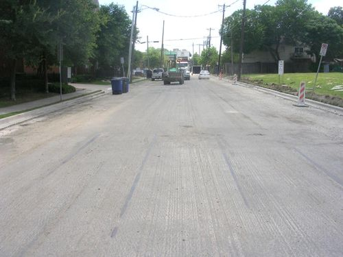 Throckmorton Streetcar Tracks